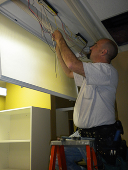 Choose Highlights Electrical for your Houston lighting maintenance for businesses services!